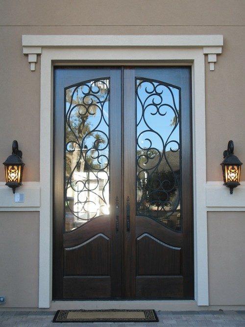vhodnye-metallicheskie-dveri-01-5014745