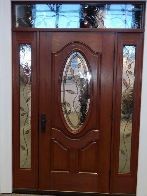 vhodnye-metallicheskie-dveri-02-9050973