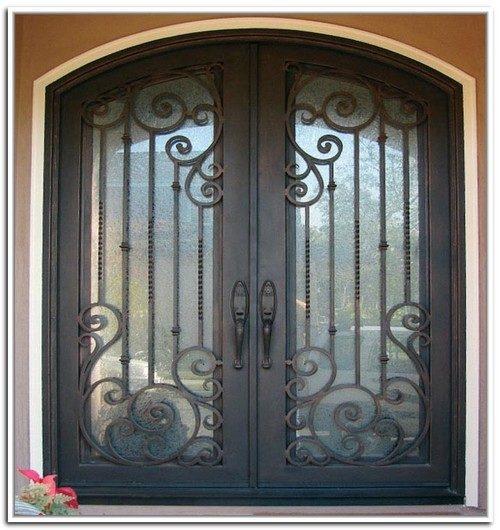 vhodnye-metallicheskie-dveri-05-7365499