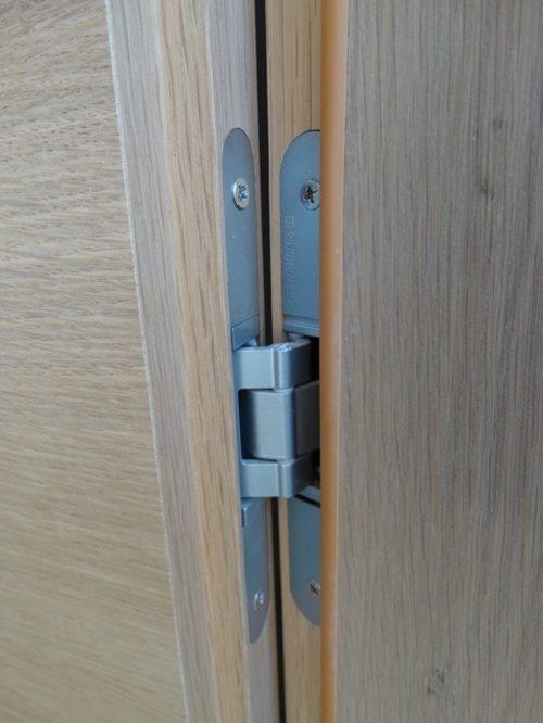 vstavit-mezhkomnatnuyu-dver-06-8766142