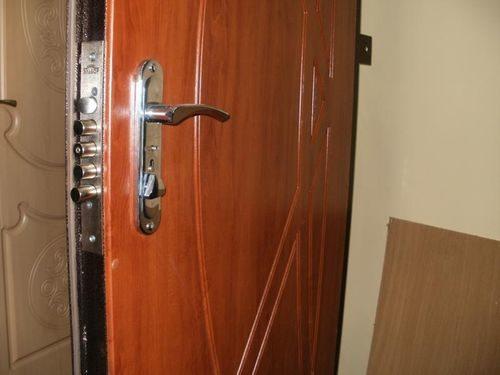 vxodnye-dveri-s-shumoizolyaciej_7-3144436