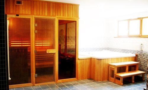 vybor-dverej-dlya-bani_4-4731864