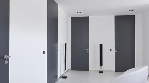 vysokie-mezhkomnatnye-dveri-05-2166680