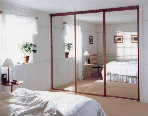 zerkalnye-dveri-01-6101808