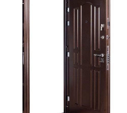 kak-uteplit-zheleznuyu-dver_3-9773128