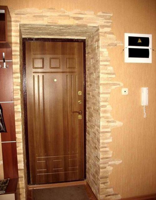 otdelka-naruzhnoj-dveri_1-4441919