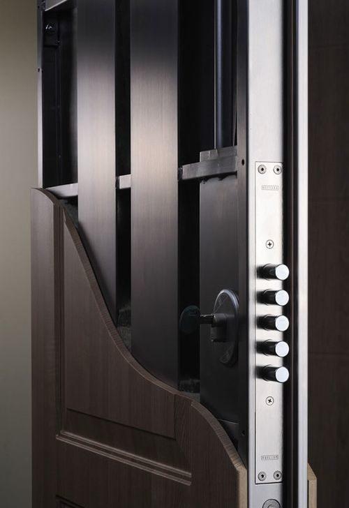 vxodnye-dveri-dlya-doma_3-5699428
