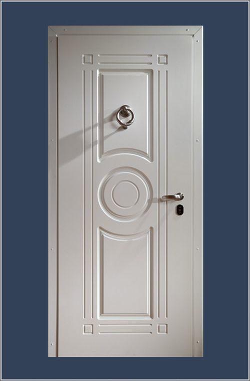 belye-metallicheskie-dveri_3-6926516