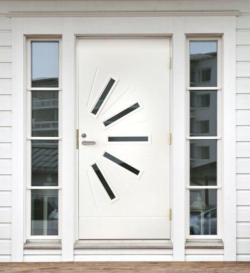 belye-metallicheskie-dveri_6-4124062