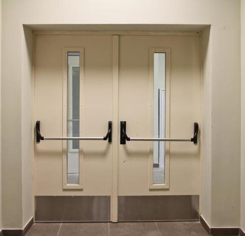 metallicheskie-protivopozharnye-dveri-02-2309264