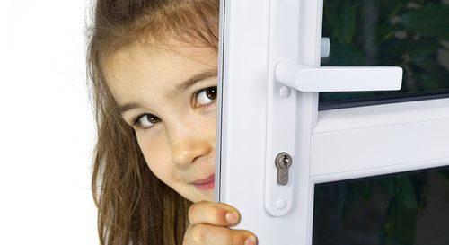 ustrojstvo-plastikovoj-dveri_6-9840908