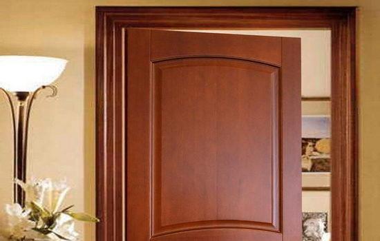 dveri-iz-naturalnogo-materiala-5233046