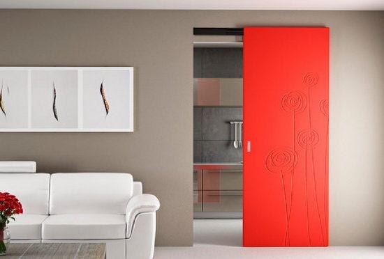 Межкомнатные красные двери