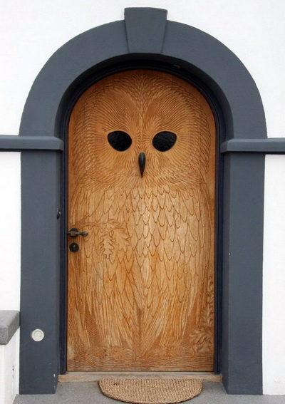 dveri-derevyannie-vhodnie-36-675x1024-4873215