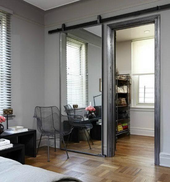 Что влияет на стоимость зеркальных раздвижных дверей