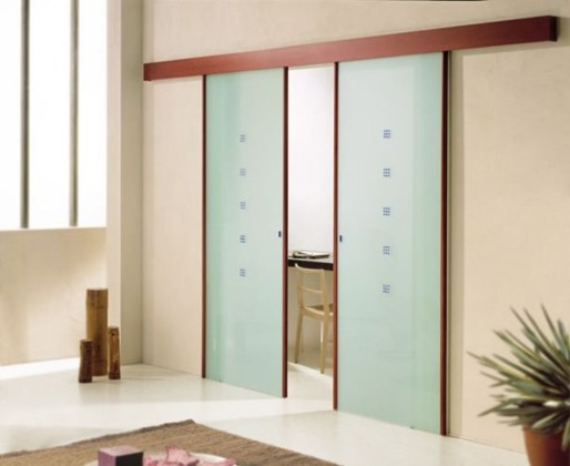 navesnaja-dver-svoimi-rukami1-514x420