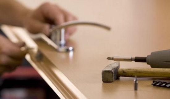 установить уплотнитель на дверь своими руками