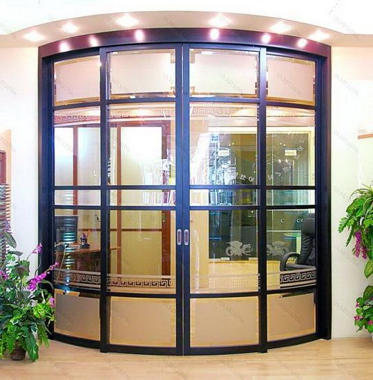Специфика конструкции полукруглых дверей