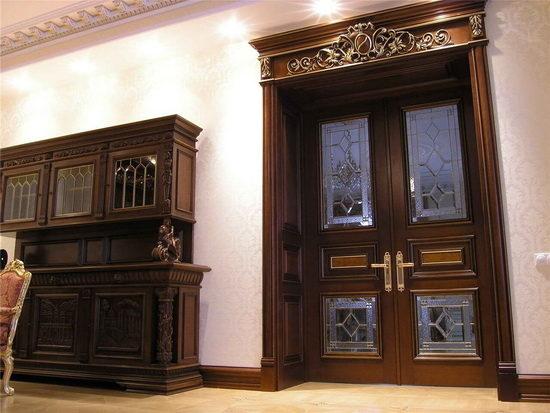 Для дверей одним из основных показателей качества является прочность и практичность.
