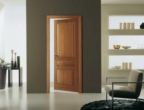 Преимущества дверей из цельного массива