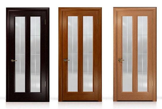 Межкомнатные двери из сосны могут быть покрашены в разные цвета