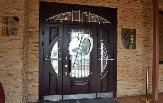 elitnye-vhodnye-dveri-metallicheskie-i-derevyannye-opisanie-vozmozhnostej-6798654