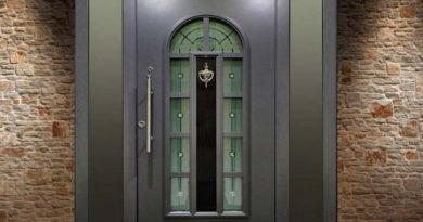 kak-vybrat-vhodnuyu-dver-v-chastnyj-dom-na-chto-obrashhat-vnimanie-2304627