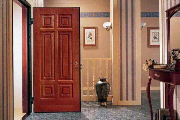 Как выбрать входную железную дверь.