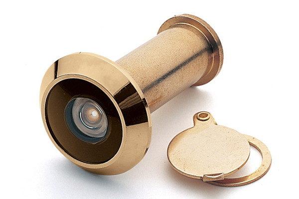 Конструктивные особенности и отличия глазков для входной металлической двери