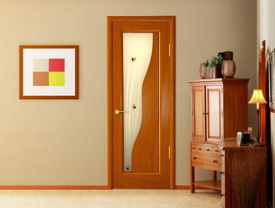 Двери из итальянского ореха