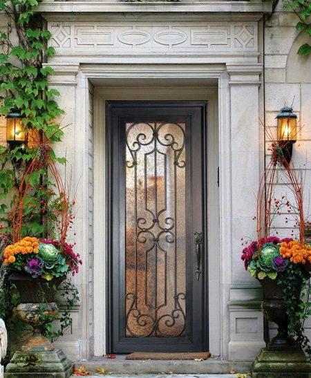 Разновидности кованых дверей и особенности их конструкции