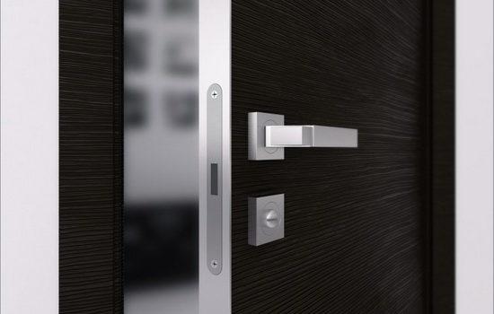 metallicheskie-mezhkomnatnye-dveri-spetsifika-konstruktsii-i-otdelki-1364438