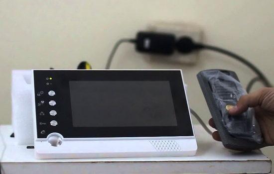 nuzhen-li-videodomofon-na-dver-4241093