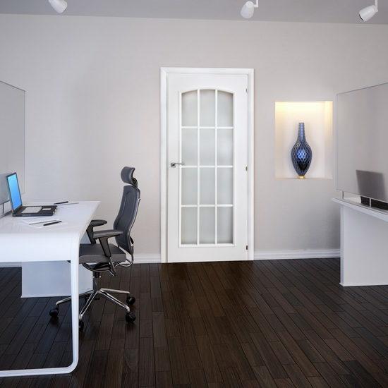 Гармония белой внутренней двери с интерьером