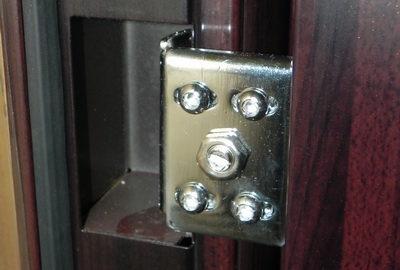 Скрытые петли наиболее часто встречаются во входных дверях