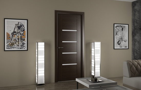 Темные шпонированные двери в интерьере гостиной