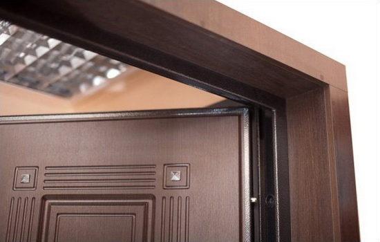 Внешние откосы входной двери