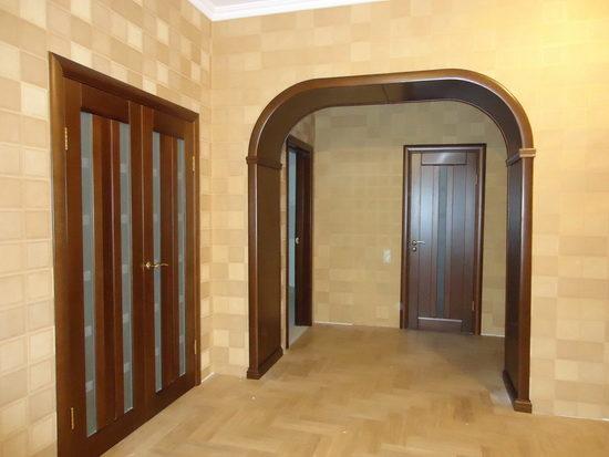 межкомнатные двери орехового цвета