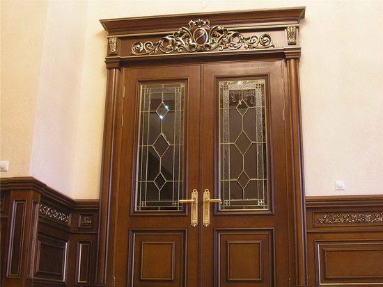 Двери из клееной древесины