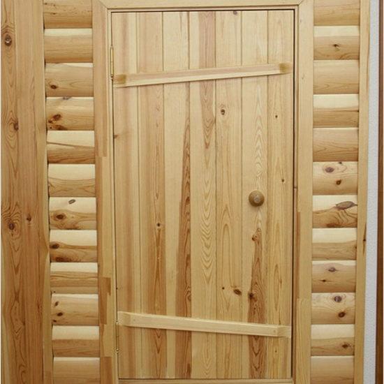 Двери из древесины сосны