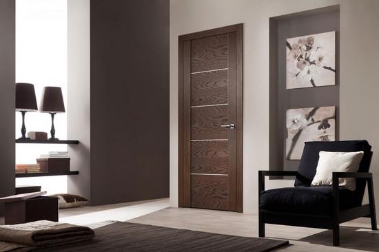 Межкомнатная дверь из шпона: преимущества и недостатки