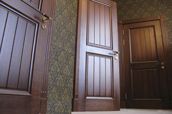 Способы удешевления межкомнатных дверей из шпона