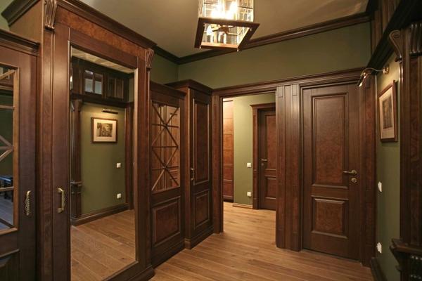Преимущества интерьера с дубовыми дверями