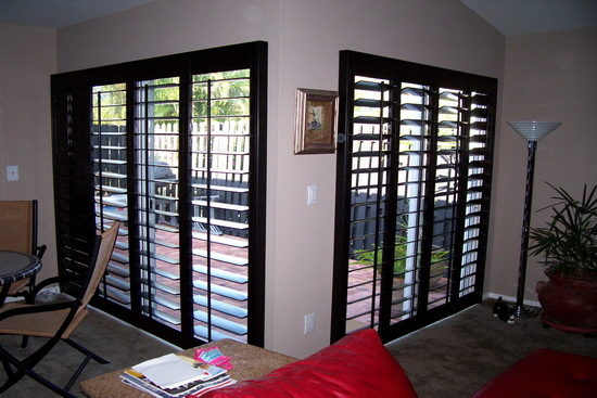 shutters_sliding_doors-black-6372724