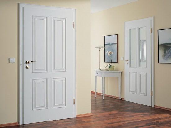 svetlye-dveri-v-dizajne-s-ottenkom-korichnevogo-9449216