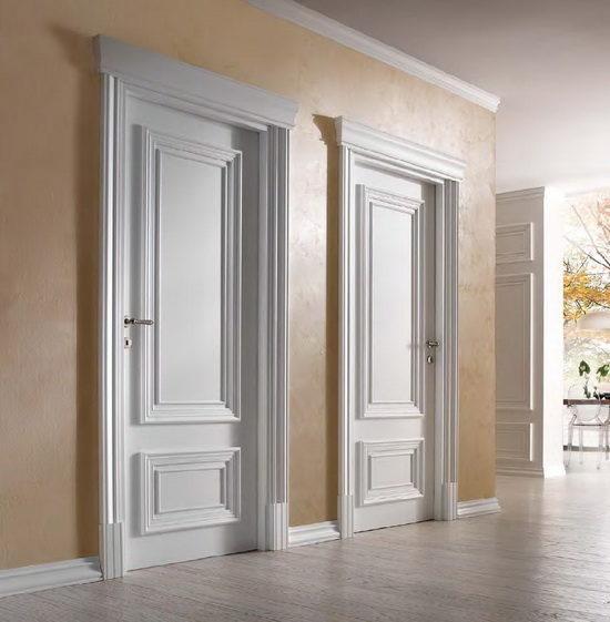 svetlye-dveri-v-stile-s-ottenkom-alogo-7271853