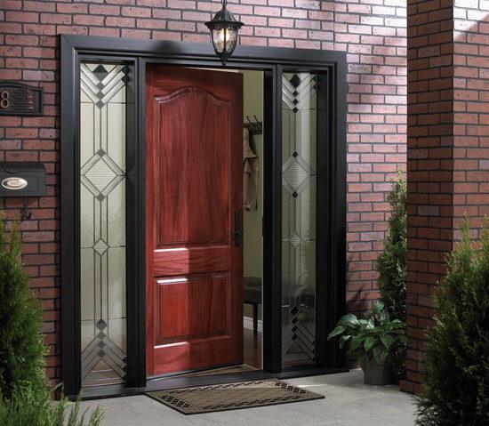 vhodnye-dveri-v-chastnyj-dom-1697901