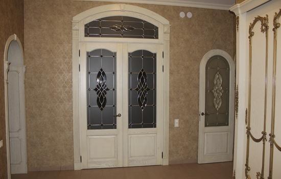 Нестандартные распашные двери