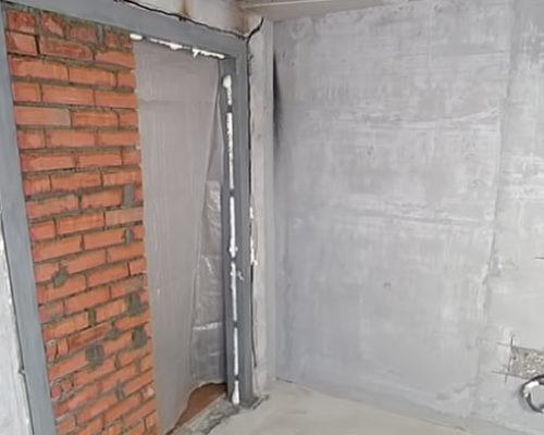 Как уменьшить дверной проход при помощи кирпича