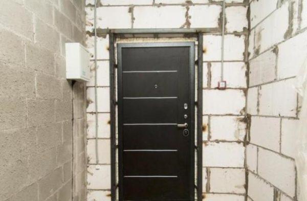Способы монтажа входных дверей